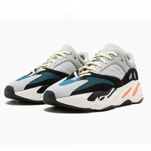 ADIDAS Yeezy Boost 700 'Wave Runner' - Size 9